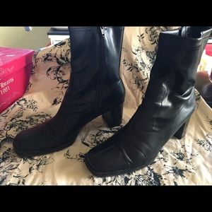 Talk ankle boots